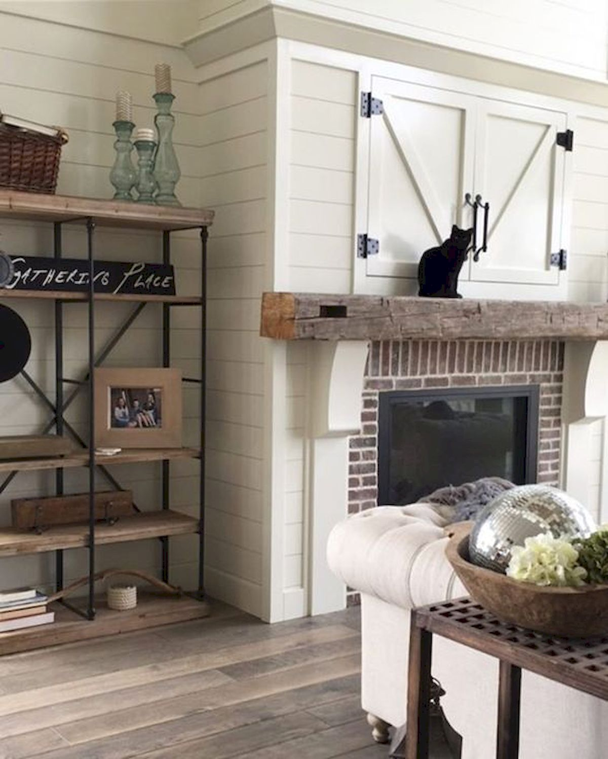 33 Gorgeous Farmhouse Fireplace Decor Ideas And Design 32 33decor