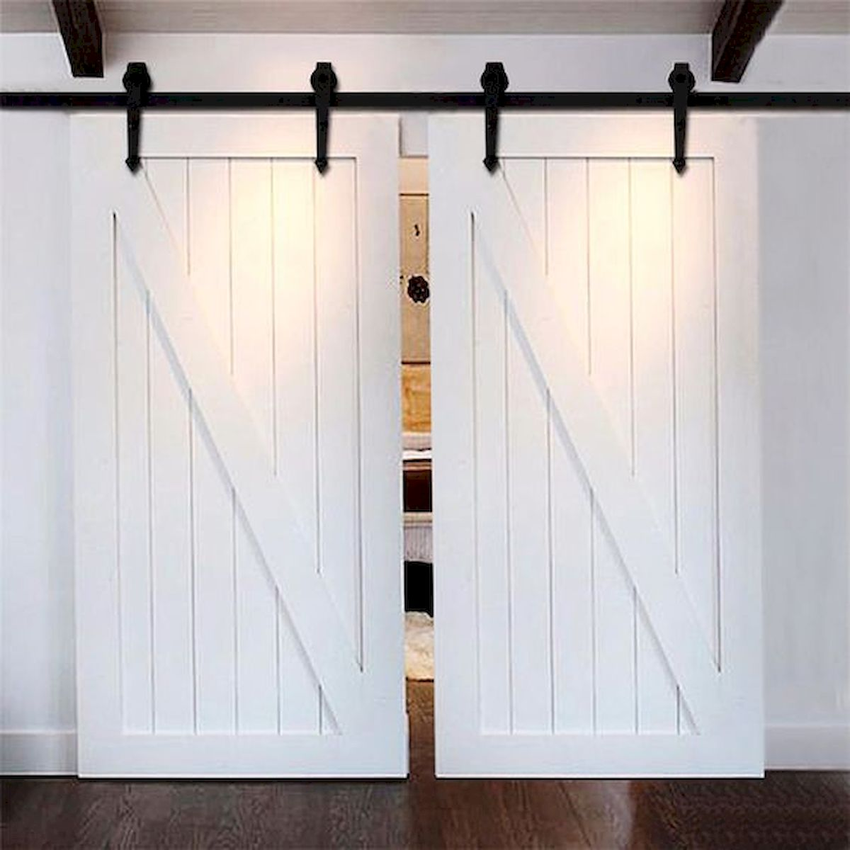 33 Fantastic Barn Door Design Ideas (19)