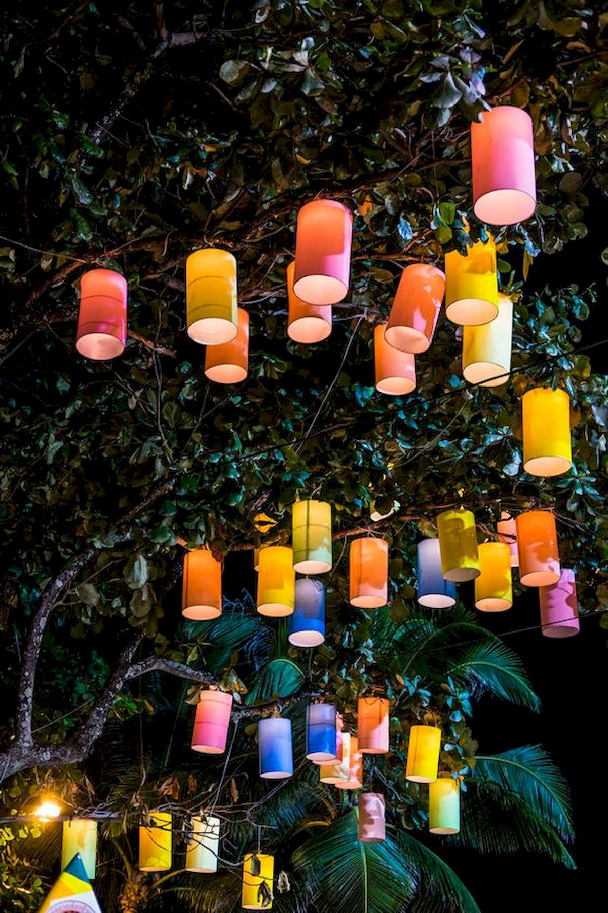 33 Best Outdoor Summer Party Lighting Ideas 3ecor